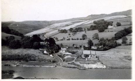 Derwent Church and Ruins 1943