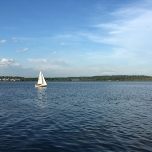 Sailing on the Potomac