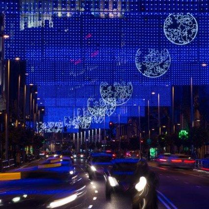 Moon-Madrid-Christmas-Lights-by-Brut-Deluxe_dezeen_sq02